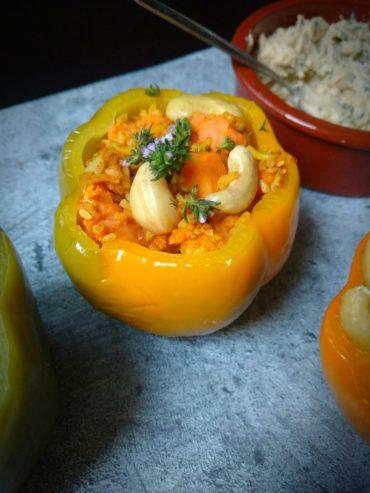 vegan gefüllte Paprika mit reis und Süßkartoffel