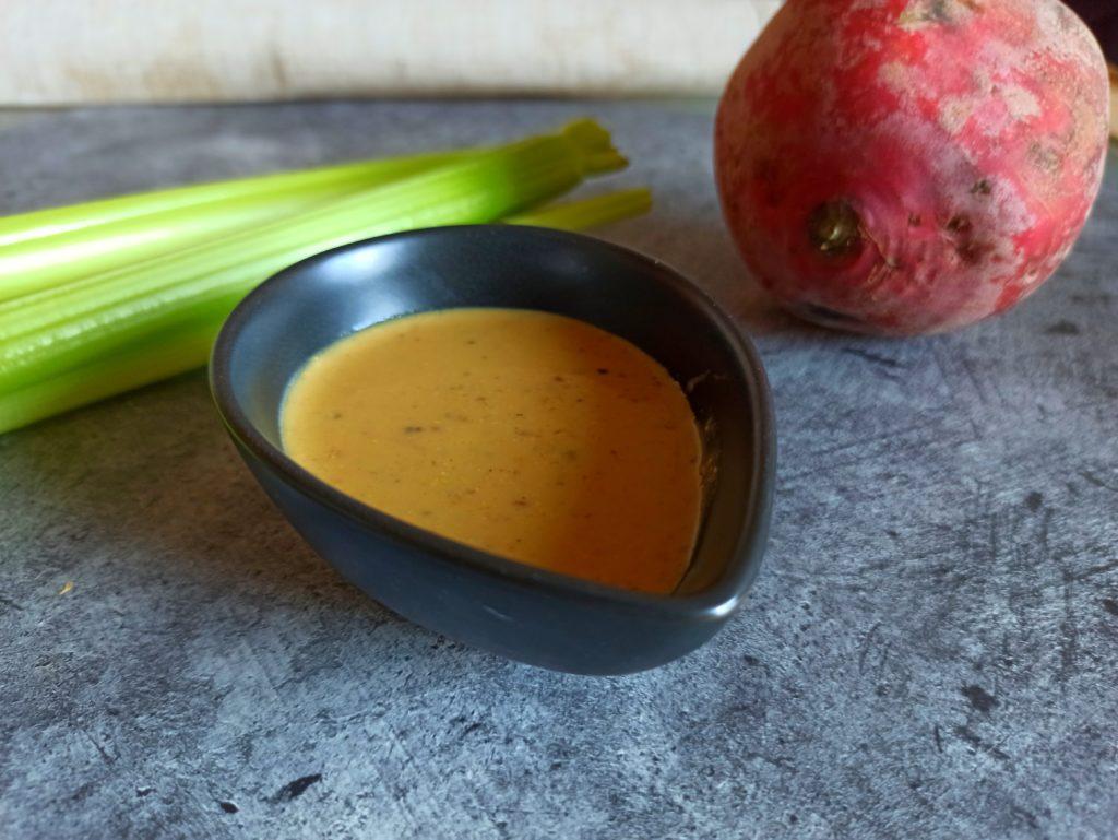 Schnelles Veganes Miso-Senfdressing mit süßem Senf